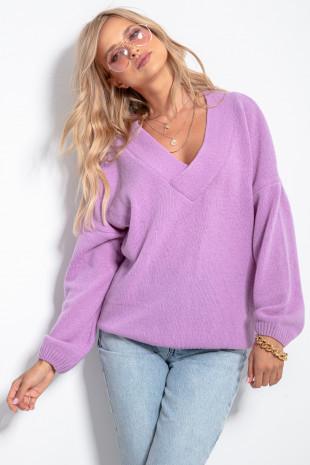 Sweter w serek F1058