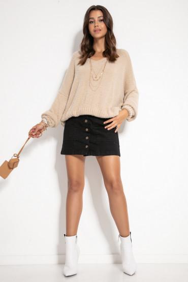 Luźny sweter z dekoltem F1066